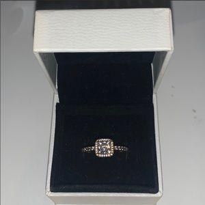Pandora rose gold Square Sparkle Halo Ring